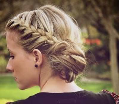 Messy-Braided-Low-Side-Bun-Hairstyle