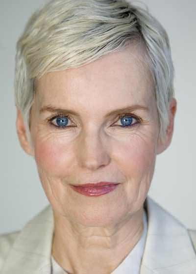 Short-Hairstyles-for-Older-Women-with-Gray-Hair