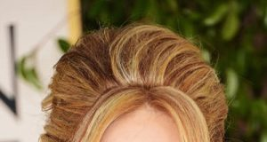 Hairstyles for Over 40 Women with Round Faces