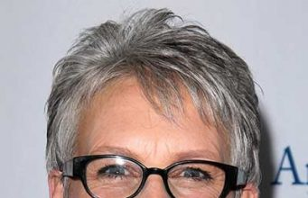 Hairstyles for Mature Women with Glasses